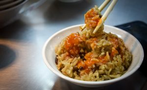 keelung night market: glutinous-oil-rice