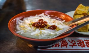 keelung night market: rice-flour-soup