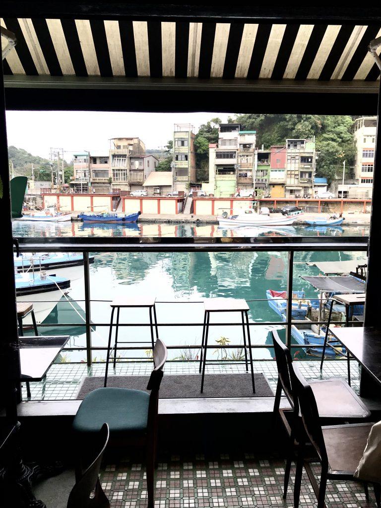 正濱漁港畔咖啡館